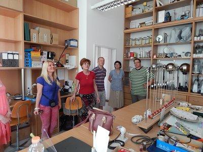 Ózdi kollégákkal a Lévay Laborban