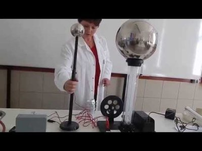Kísérletek Van deGraaf generátorral!